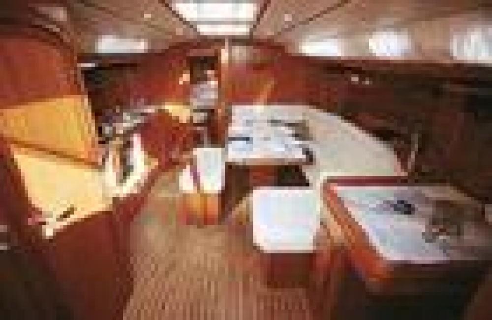 Boat rental Dufour Dufour 412 in Palma on Samboat