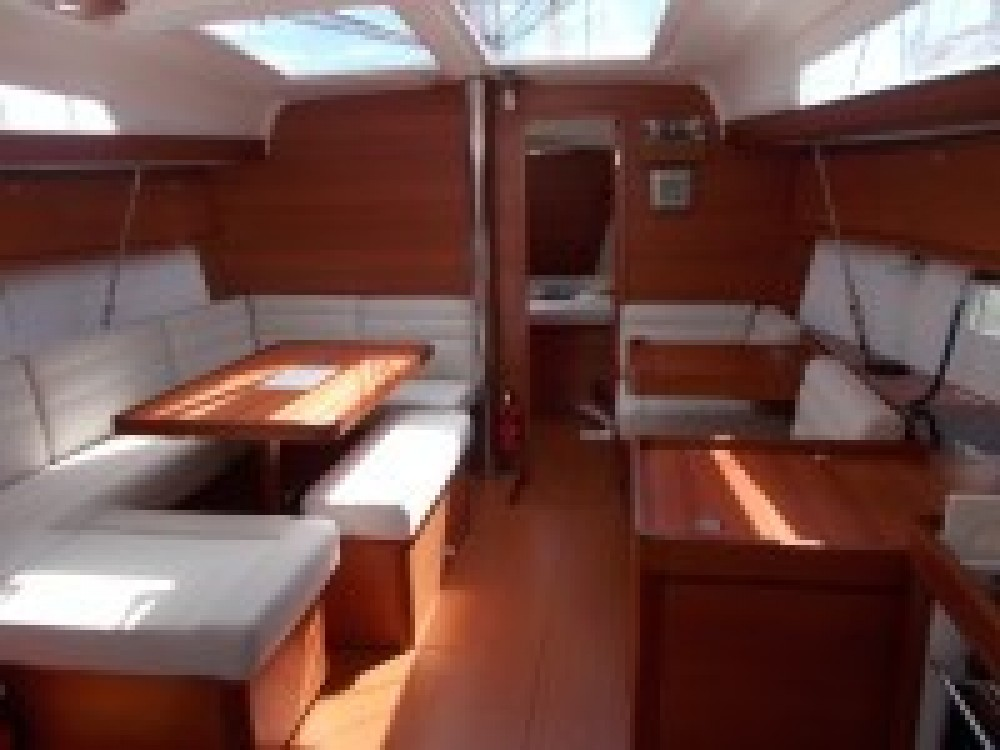 Boat rental Dufour Dufour 410 Grand Large in Italy on Samboat