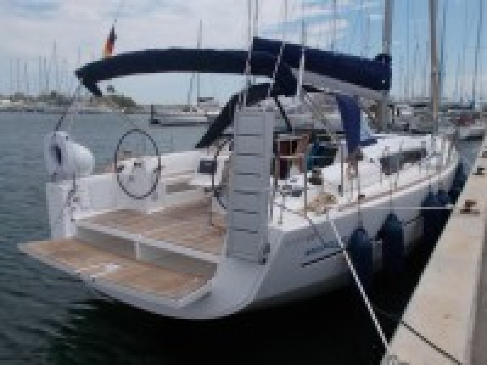 Hire Sailboat with or without skipper Dufour Italy