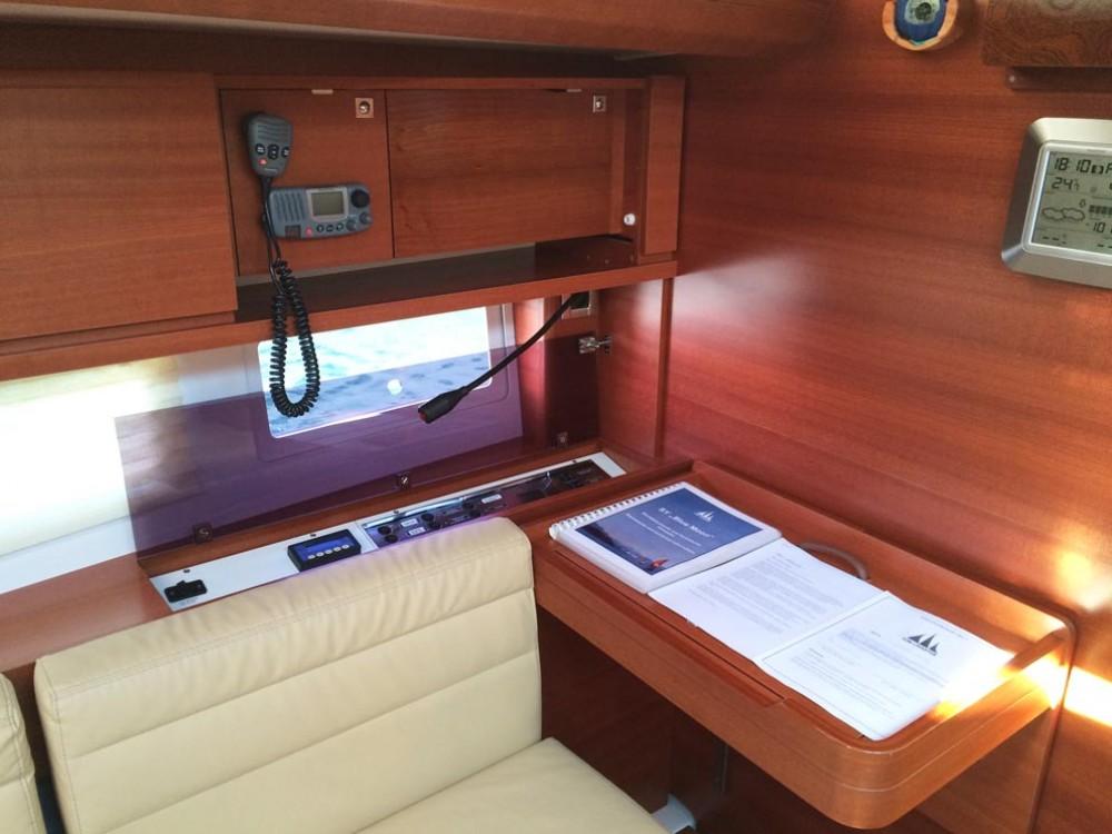 Rental Sailboat in Pula - Dufour Dufour 500 Grand Large