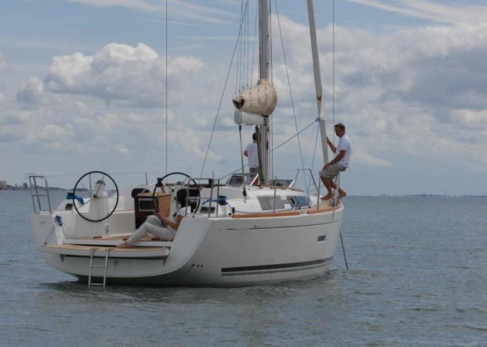 Rental Sailboat in Corfu - Dufour Dufour 335 Grand Large