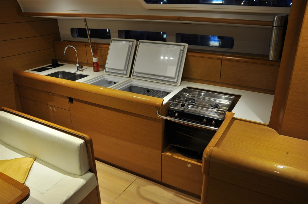 Rental yacht Italy - Jeanneau Sun Odyssey 509 on SamBoat