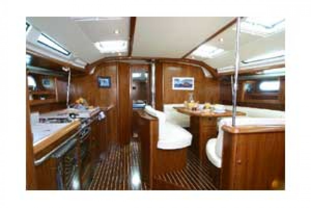 Jeanneau Sun Odyssey 49 DS between personal and professional Pula