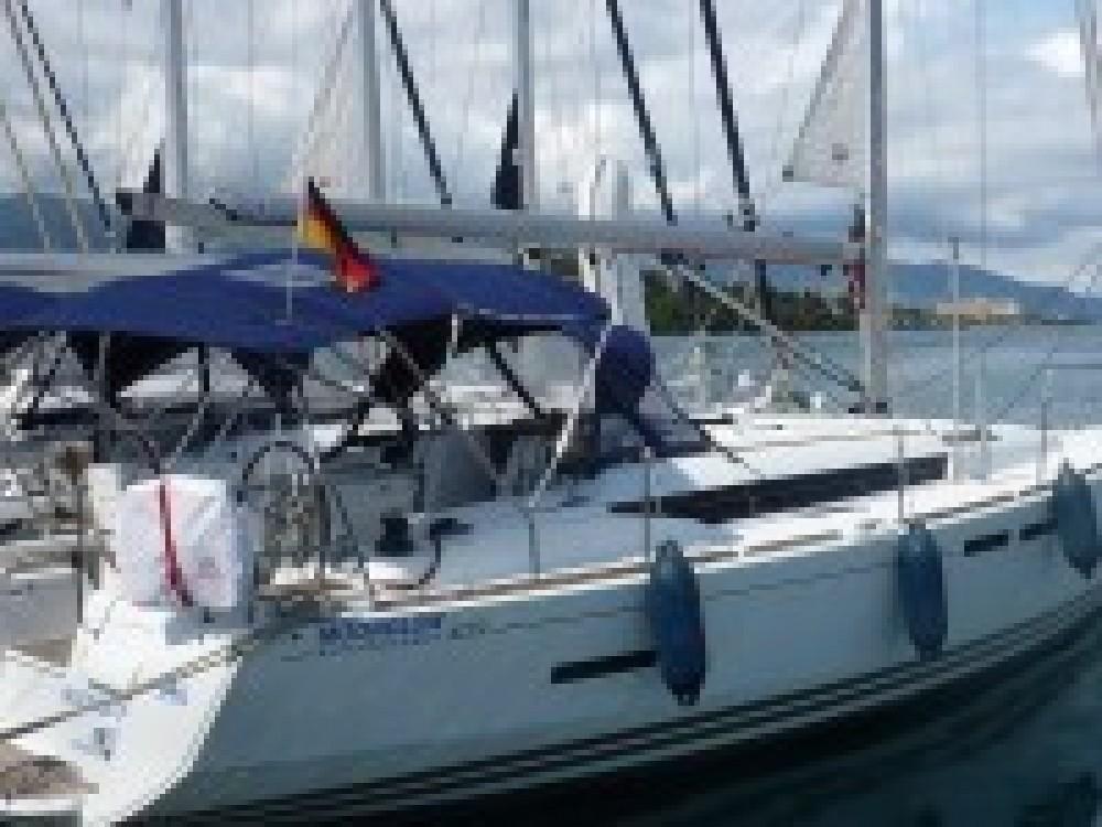 Boat rental Italy cheap Sun Odyssey 409