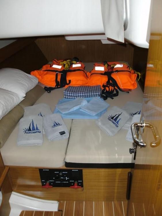 Boat rental Jeanneau Sun Odyssey 39i in Grad Pula on Samboat