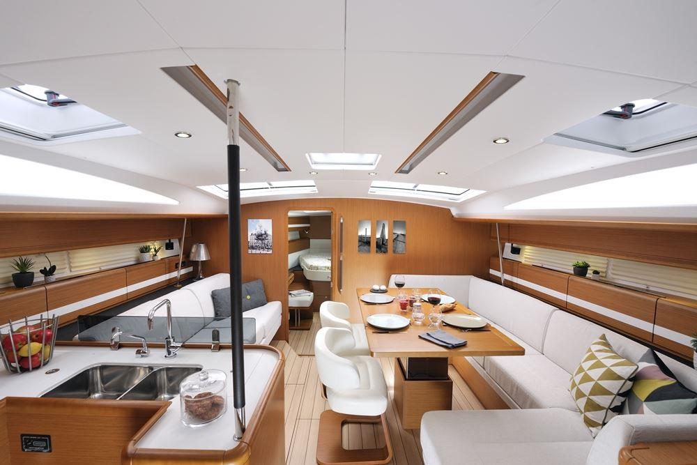 Rental yacht Keramoti - Jeanneau Jeanneau 53 6c on SamBoat