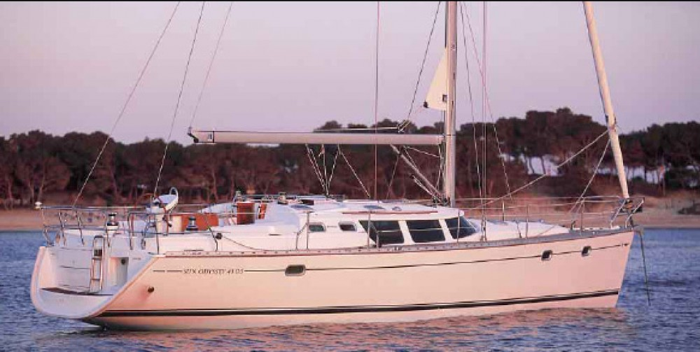 Boat rental Jeanneau Sun Odyssey 43 DS in Athens on Samboat