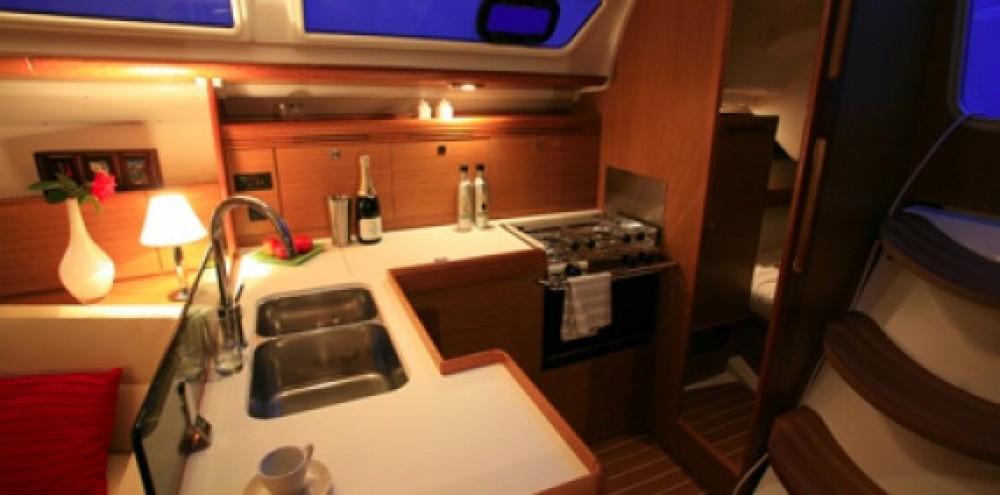 Rental Sailboat in Athens - Jeanneau Sun Odyssey 39i