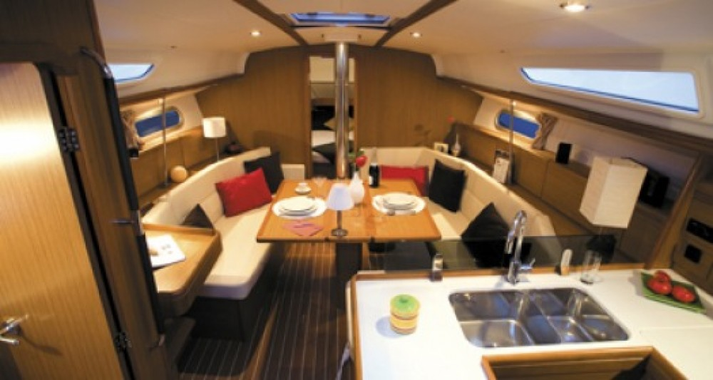 Rental yacht Athens - Jeanneau Sun Odyssey 39i on SamBoat