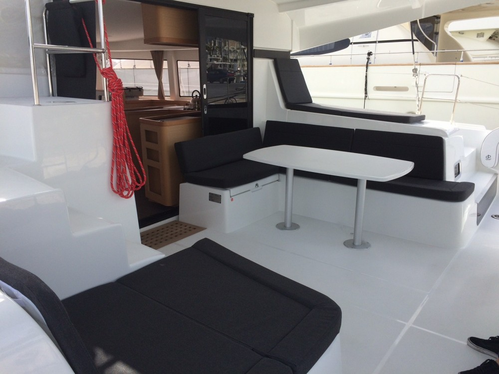Rental yacht Sant Antoni de Portmany - Lagoon Lagoon 42 on SamBoat