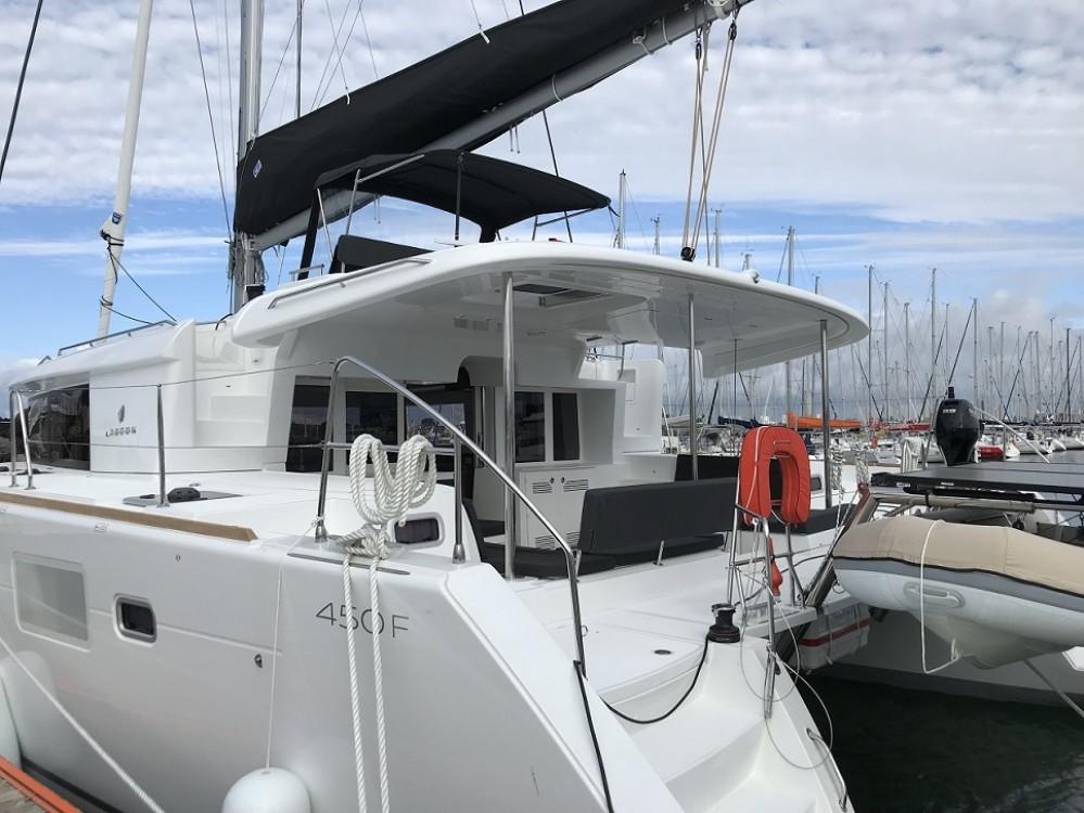 Hire Catamaran with or without skipper CNB Calliaqua