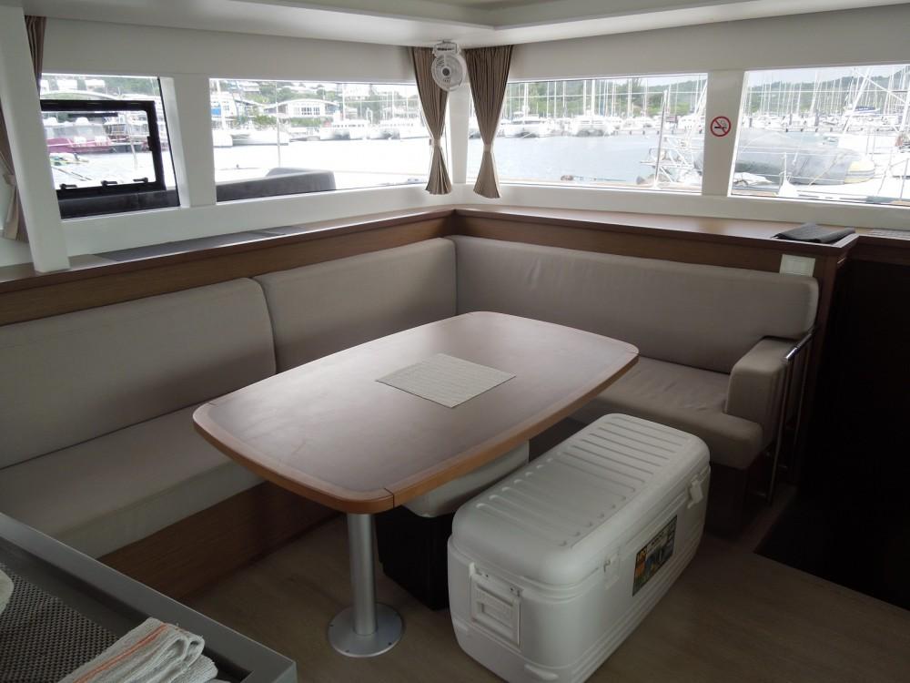 Boat rental CNB Lagoon 450 F in Calliaqua on Samboat