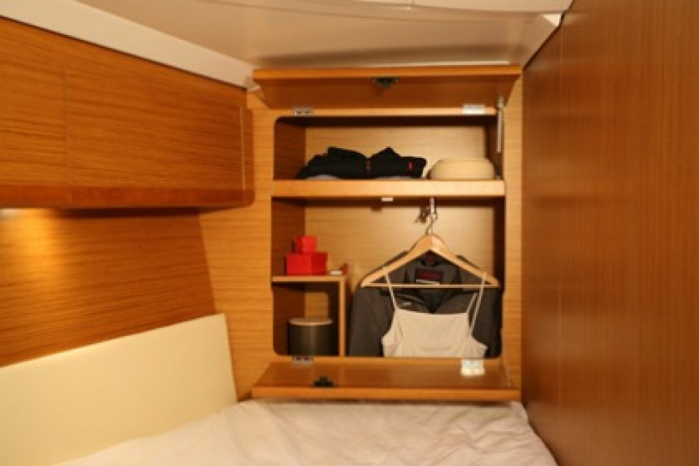 Rental yacht Athens - Jeanneau Sun Odyssey 49i on SamBoat