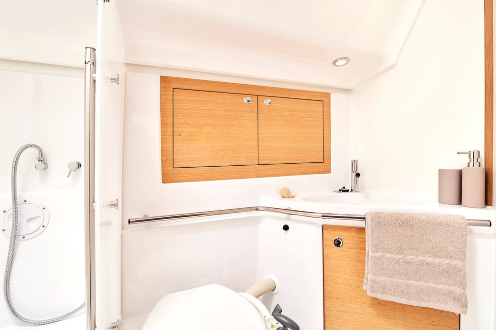 Sailboat for rent Puerto Montt at the best price