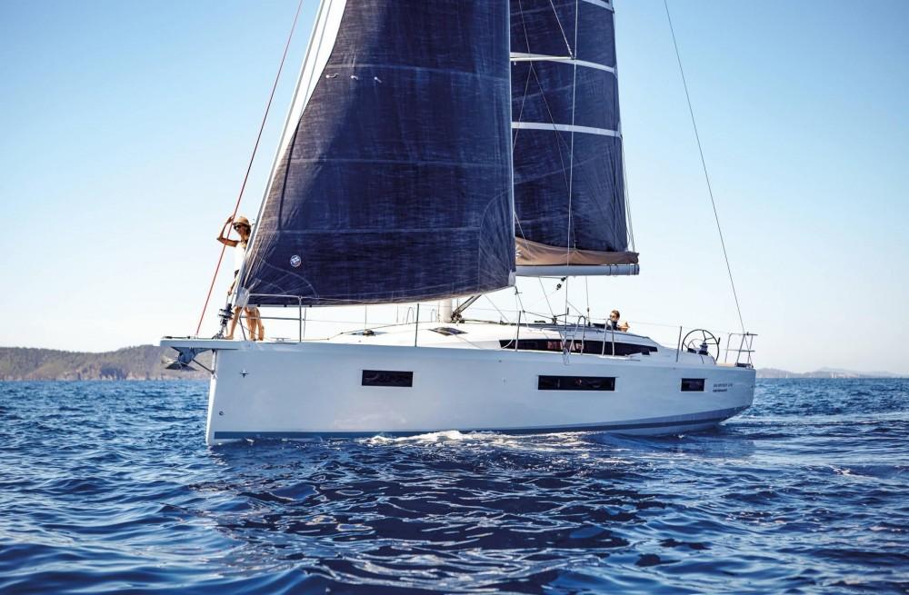 Rental Sailboat in Peloponnese, West Greece and Ionian Sea - Jeanneau Sun Odyssey 410