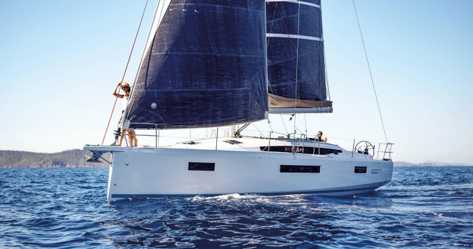 Rental Sailboat in Lefkas Egremni - Jeanneau Sun Odyssey 410