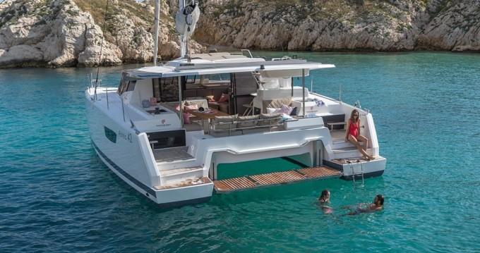 Rental Catamaran in Lefkas Egremni - Fountaine Pajot Astrea 42