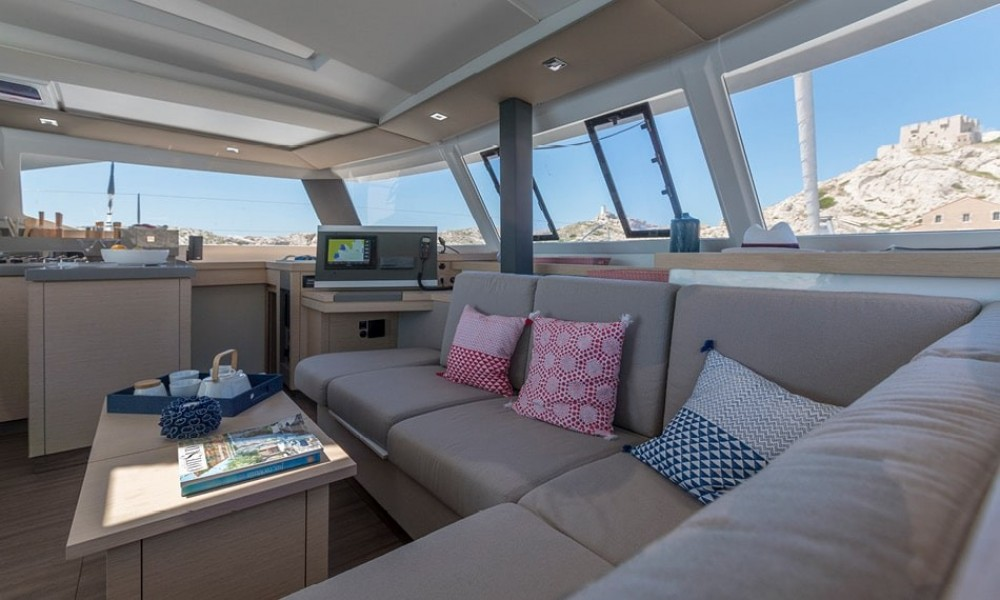 Rental yacht Kalafationes - Fountaine Pajot Astrea 42 on SamBoat