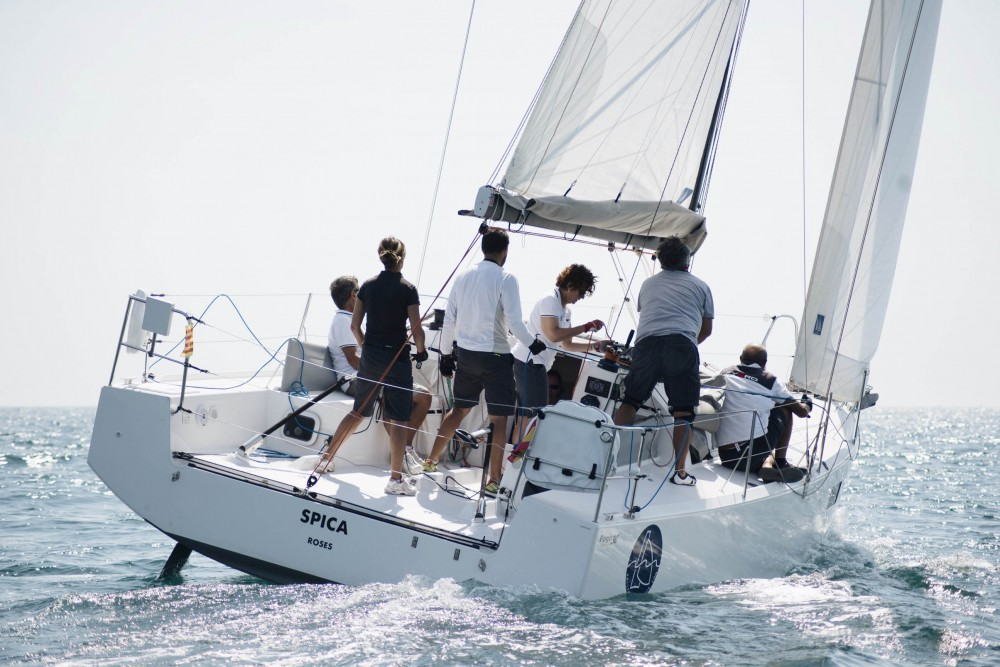 Rental Sailboat in Roses - Structures Pogo 30