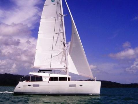 Rental Catamaran in Phuket - Lagoon Lagoon 400 S2