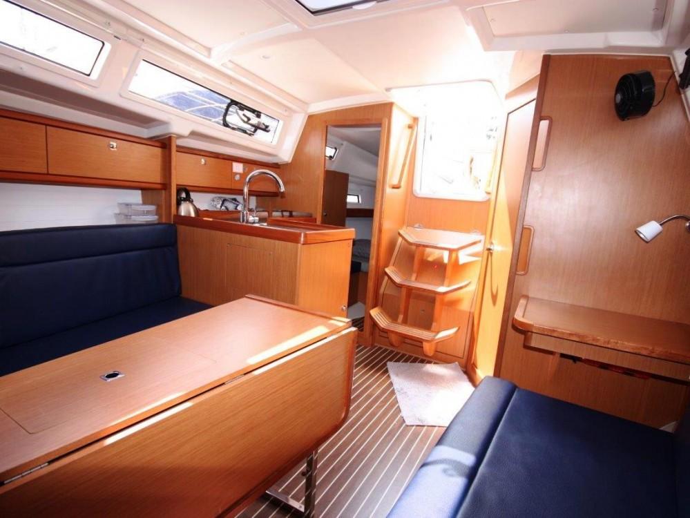 Rental yacht Phuket - Bavaria Bavaria 33 Cruiser on SamBoat