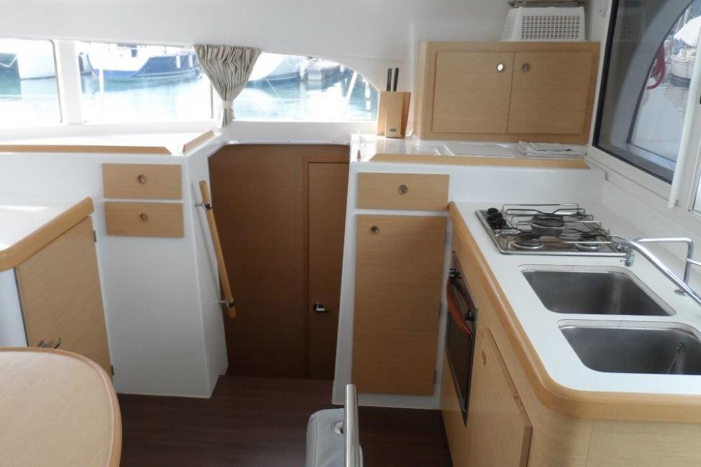 Rental yacht Phuket - Lagoon Lagoon 380 on SamBoat
