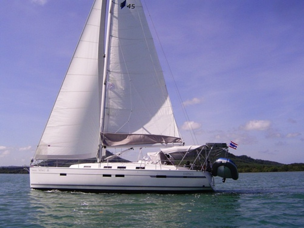 Rental yacht Phuket - Bavaria Bavaria Cruiser 45 on SamBoat