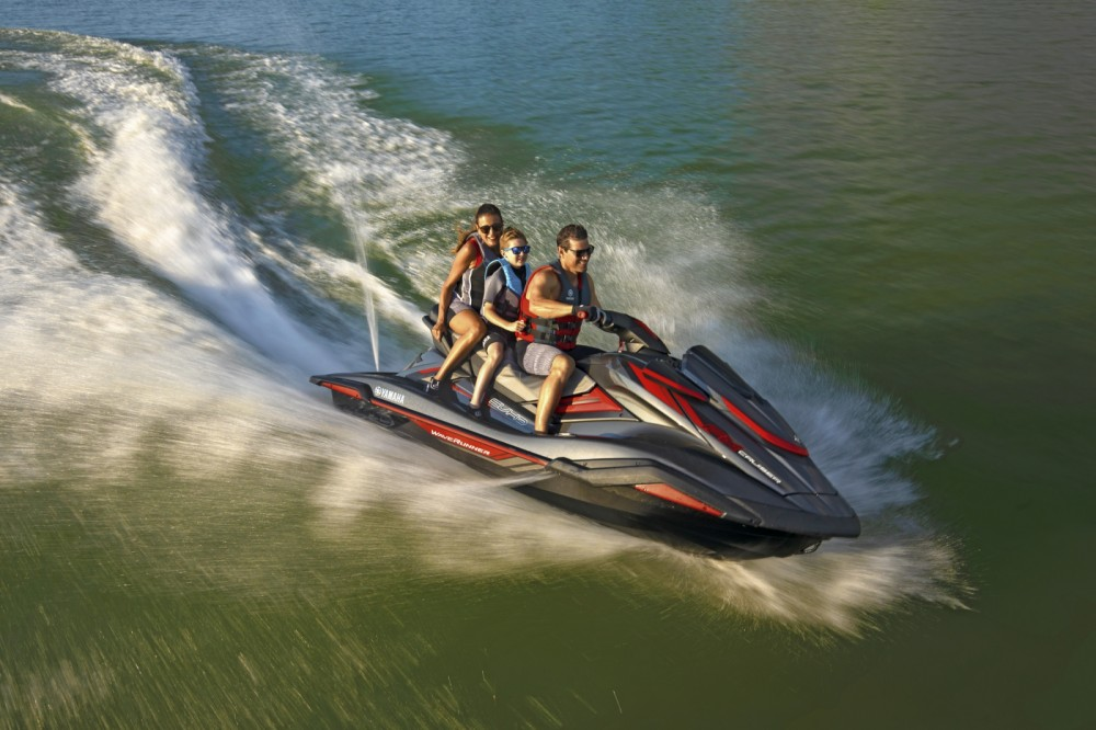 Rental Jet Ski Yamaha with a permit
