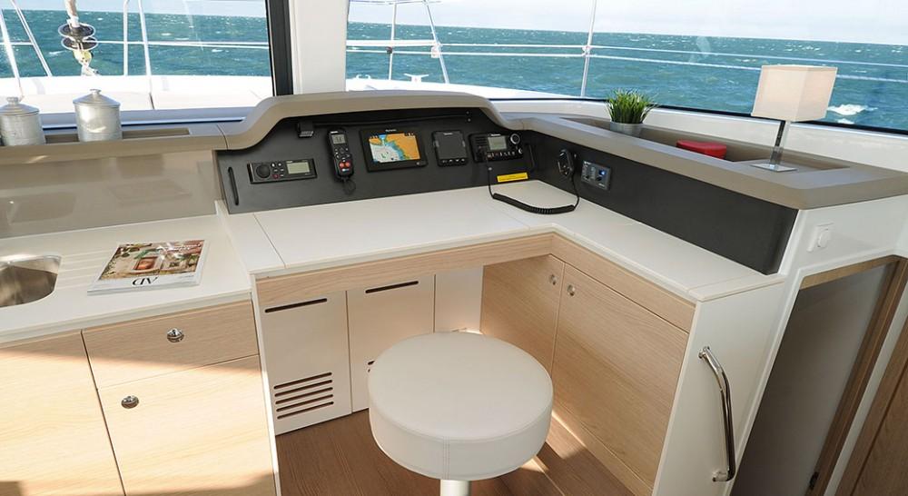 Rent a Bali Catamaran Bali 4.1 Athens