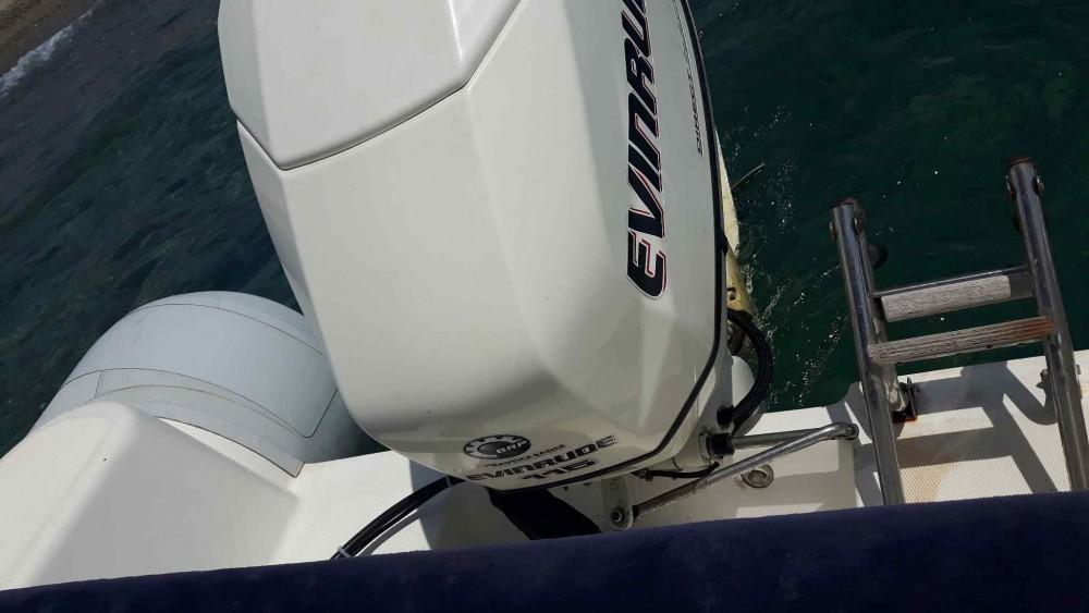 Rental Motor boat in Furnari - Italboat Predator 590