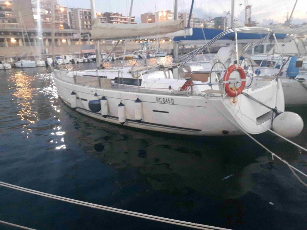 Rental Sailboat in Furnari - Dufour Dufour 445 Grand Large