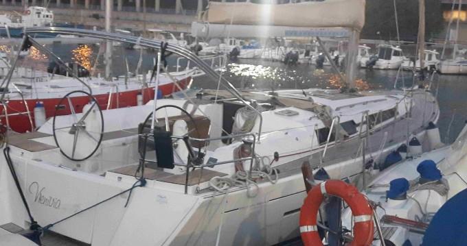 Rental Sailboat in Marina di Portorosa - Dufour Dufour 445 Grand Large