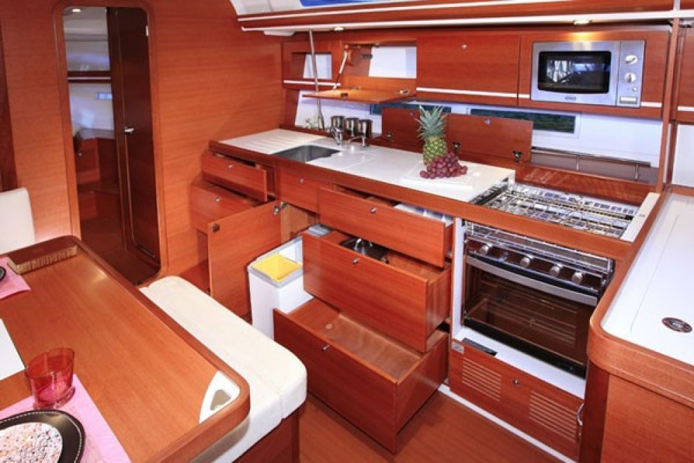 Hire Sailboat with or without skipper Dufour Furnari
