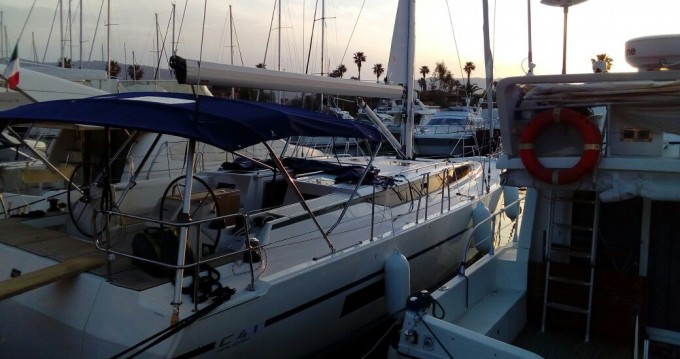 Boat rental Bavaria Bavaria C45 Holiday in Marina di Portorosa on Samboat