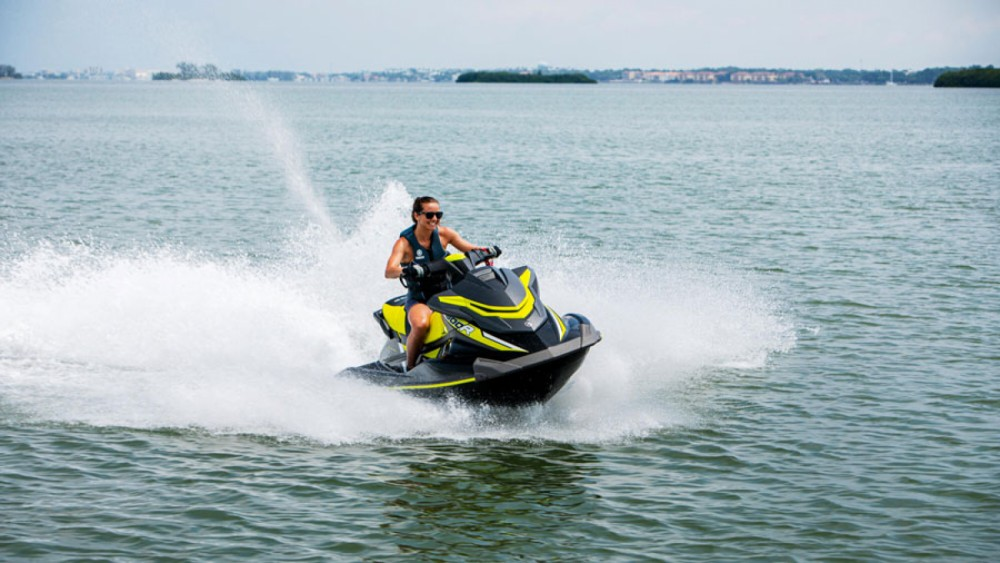Hire Jet Ski with or without skipper Yamaha