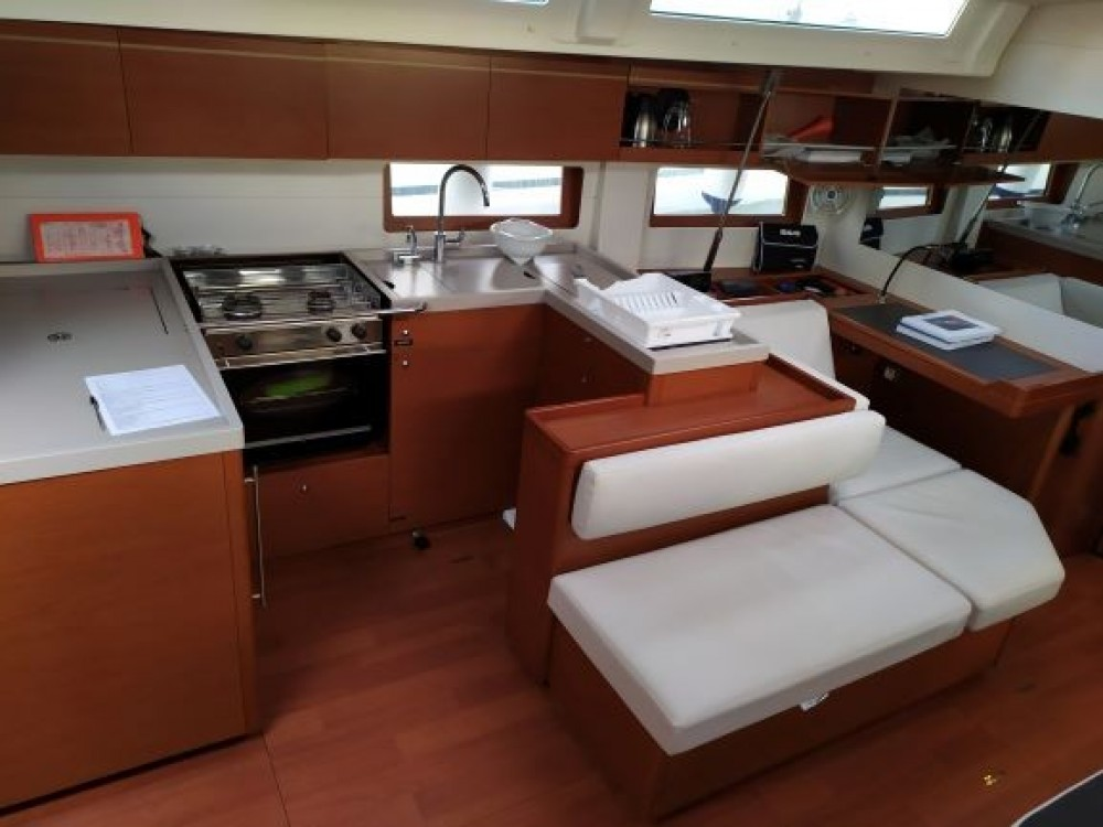 Bénéteau Oceanis 51.1 between personal and professional Preveza