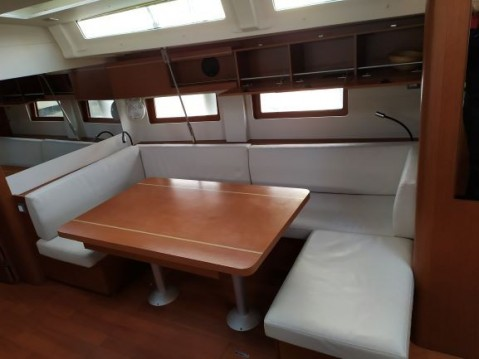 Rental yacht Πρέβεζα - Bénéteau Oceanis 51.1 on SamBoat