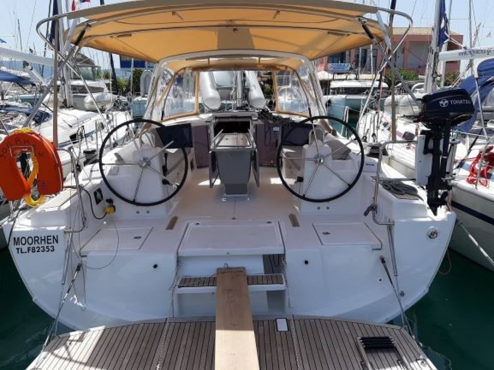 Bénéteau Oceanis 41.1 between personal and professional Peloponnese, Western Greece and the Ionian