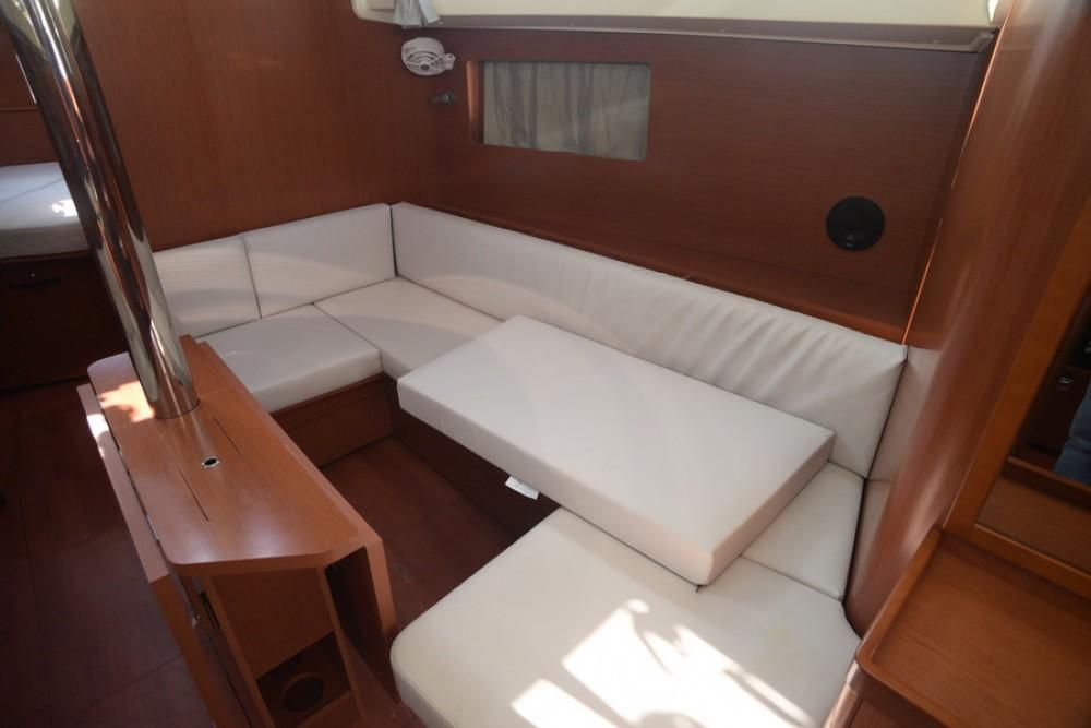 Rental Sailboat in Skiathos - Bénéteau Oceanis 41.1