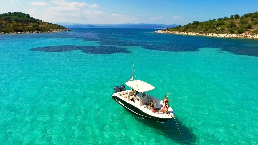 Boat rental Hydrasports 2500 CC in Όρμος Παναγίας on Samboat