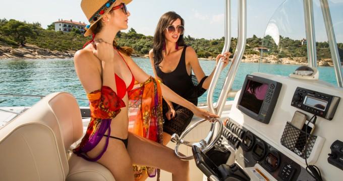 Rental Motorboat Hydrasports with a permit