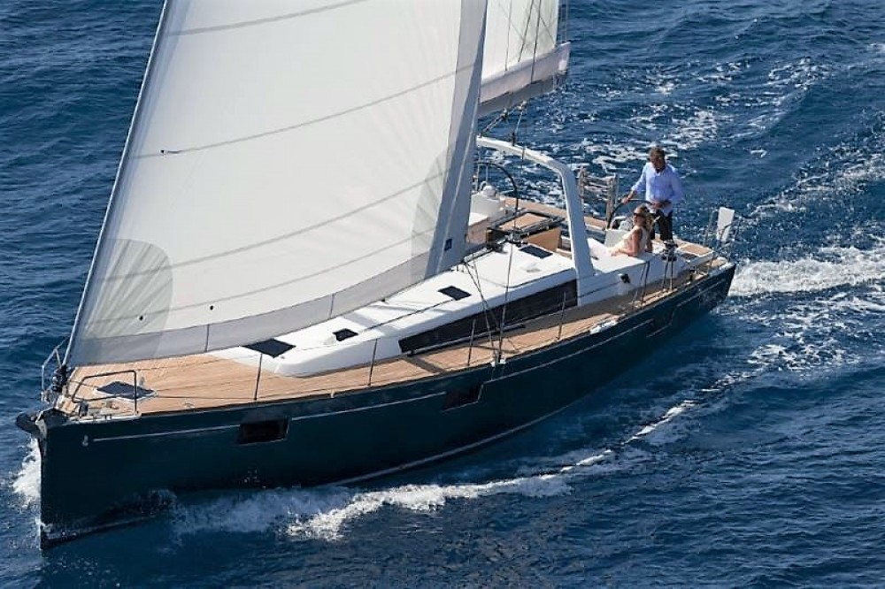 Rental Sailboat in Ajaccio - Bénéteau Oceanis 48