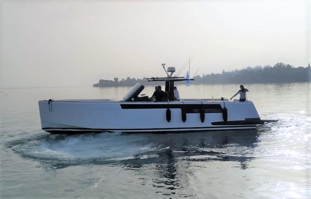 Rent a Fjord Fjord 40 Open Marina Gouvia