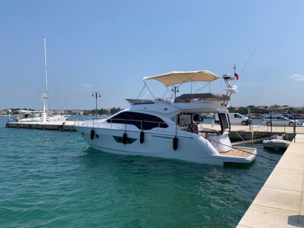 Rental Motor boat in Podstrana - SESSA Sessa Fly 47