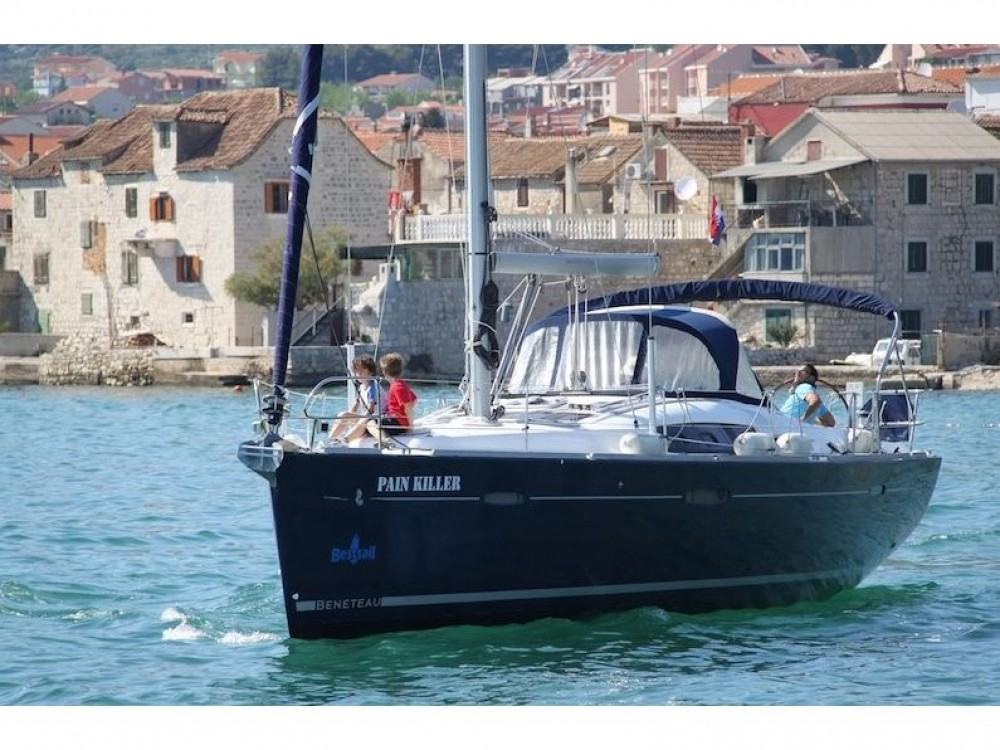 Hire Sailboat with or without skipper Bénéteau Kavala