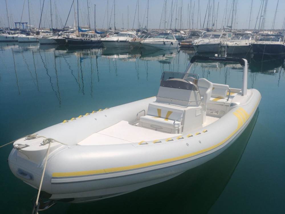 Motor boat for rent Marina d'Arechi at the best price