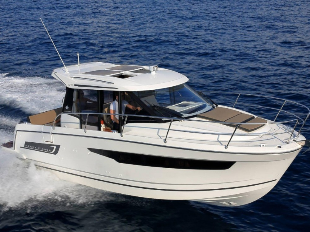 Rent a Jeanneau Merry Fisher 895
