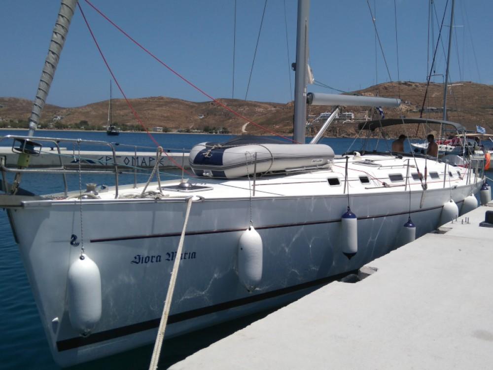 Boat rental Bénéteau Cyclades 50.4 in Álimos on Samboat