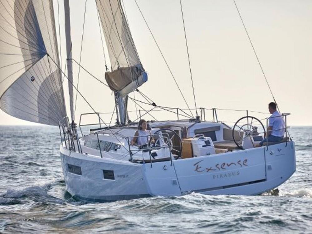 Rental yacht Álimos - Jeanneau Sun Odyssey 410 on SamBoat