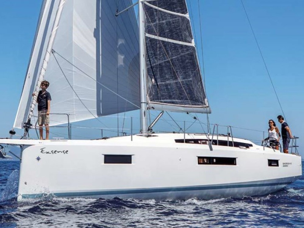 Rental Sailboat in Álimos - Jeanneau Sun Odyssey 410